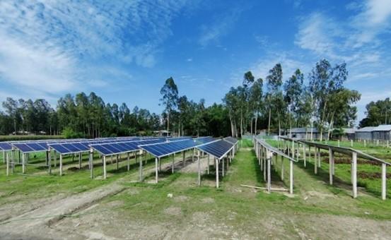Renewable-energy_alternative-energy_Friendship-Solar-Village-02